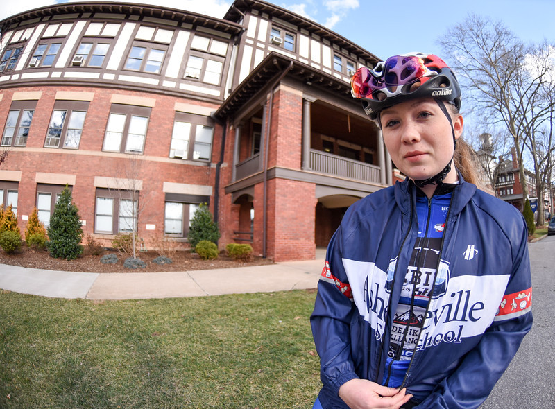 Isabella Brookshire '18 to Race for USA Cycling Junior National Team in Europe
