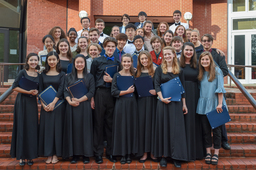 Students Honored at 2018 Fine Arts Banquet
